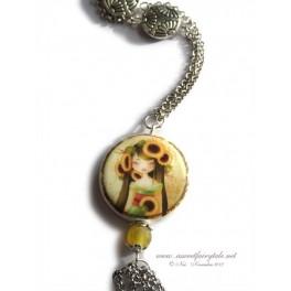 Sautoir orné d'une perle en porcelaine illustrée d'une geisha