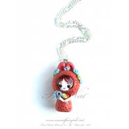 Collier avec pendentif poupée lapin kawaii pet Tons rouille en pate polymère fait main