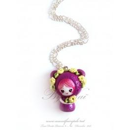 Collier avec pendentif poupée ours kawaii pet Tons fushia en pate polymère fait main