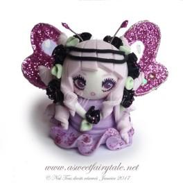 Petite fée rose  figurine poupée en pâte polymère fimo, 3 cm style manga
